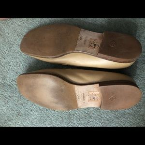 CHANEL Shoes - CHANEL Camel Loafers Flats size 39 9CLASSIC LUXURY